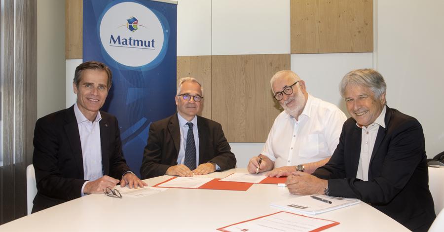 De gauche à droite : Nicolas Gomart, Directeur général du Groupe Matmut ; Benoît Veber, Doyen de l'UFR Santé – Université de Rouen Normandie et Direct